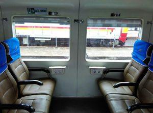 tempat-duduk-kereta-ekonomi-ac-300x222