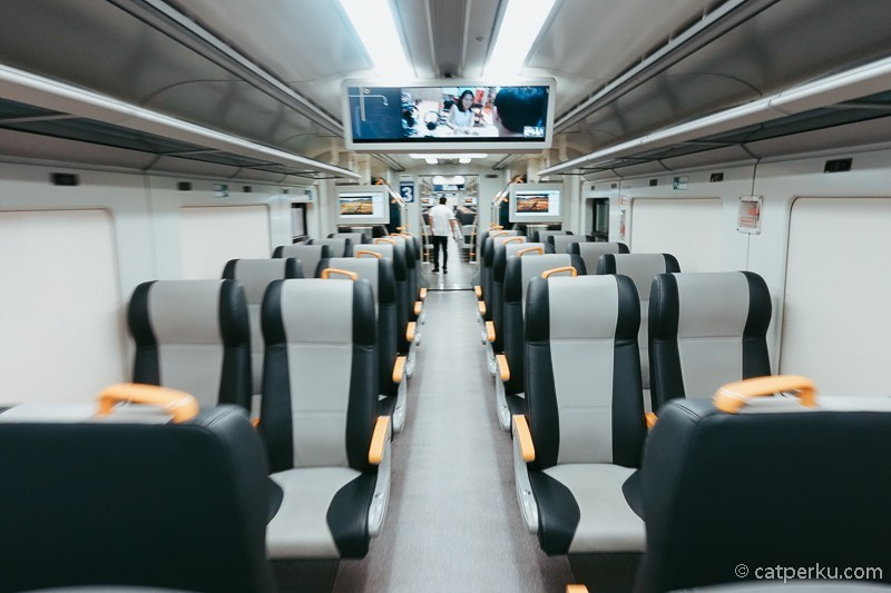 Kereta-Bandara-untuk-rute-Soekarno-Hatta-ini-lebih-sering-kosong-melompong